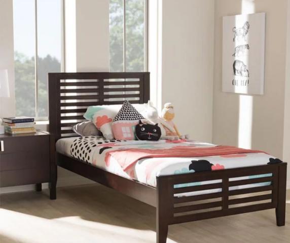Giường ngủ đơn nhỏ gọn bằng gỗ GB-944